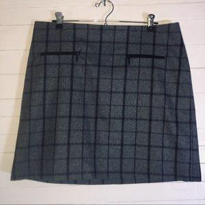 Kenar Wool Skirt Plaid Zip Pockets Black & Grey